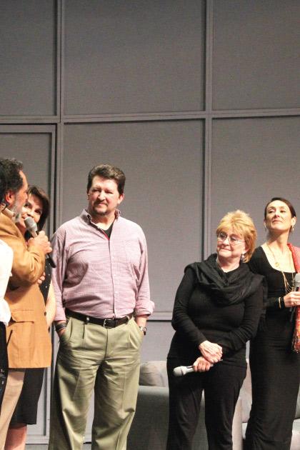 Festejan a Juan Ignacio Aranda por trayectoria y actuación en Bajo Terapia